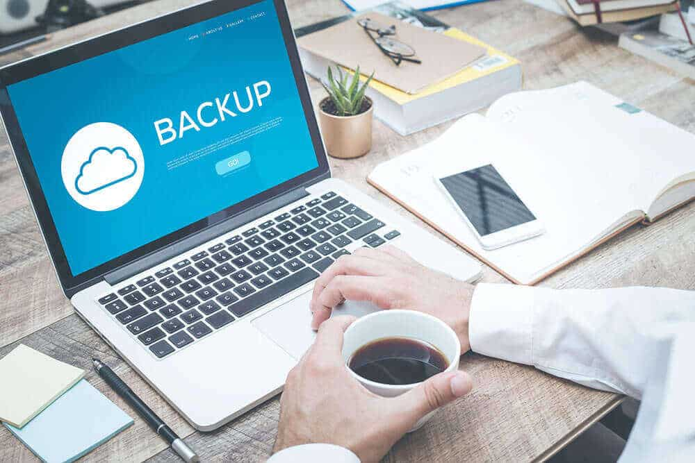 Backup-data-image-for-web cloud backup - Backup data image for web - Is your company data backed up for the holidays?
